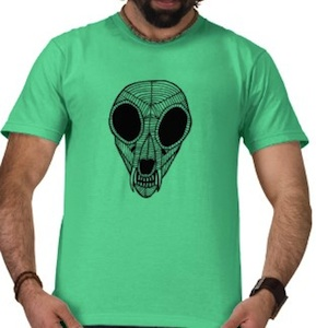 A bobcat skull drawing on this t-shirt