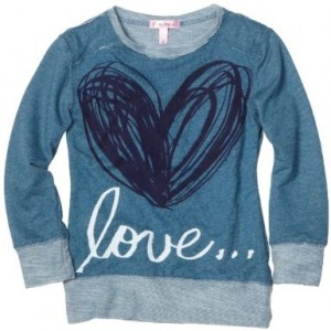 Girls Love heart t-shirt